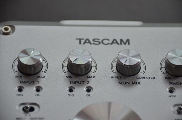 Tascam US-322