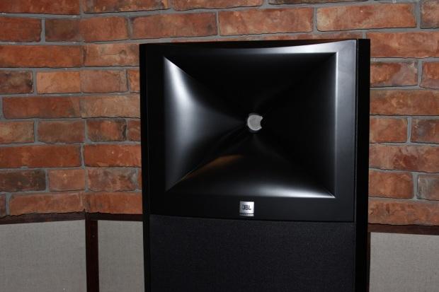 JBL M2 - jak brzmią nowe monitory referencyjne z najwyższej półki?